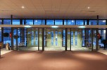 Entree_centrale_hal_Congrescentrum_De_Pijler_Lelystad_01.jpg